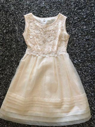 Lace Tulle Cap Sleeve Midi Dress