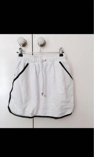 Sports like skirt