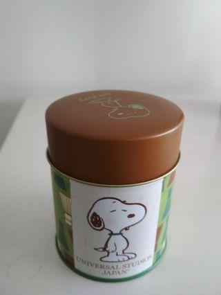 Snoopy character container