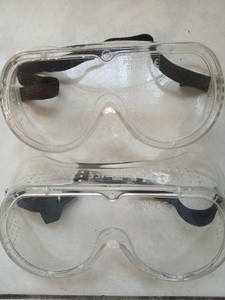 Safety Goggles For Chemical Splash (with Anti-Fog)
