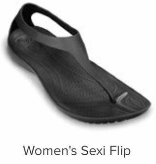 Crocs Women's semi flip size 7 #AmplifyJuly35
