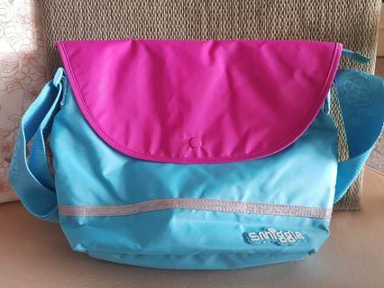 Smiggle kids sling bag (Purplish)