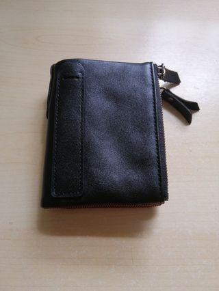 🚚 Leather Wallet