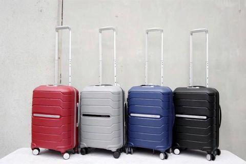 Samsonite 20 Inch suitcase- Brand New