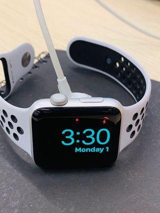 Apple Watch 3 Nike white 42mm