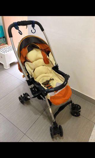 🚚 Combi reversible stroller