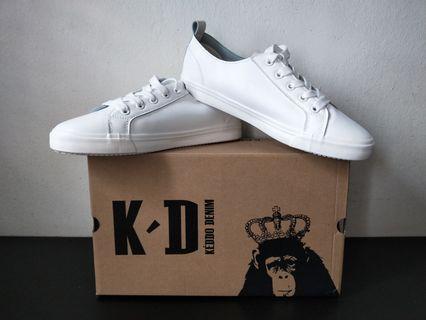 🚚 Keddo Jane Sneakers