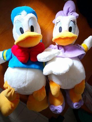 Donald Duck and Daisy 毛公仔