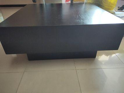 Pre-loved Coffee Table with 2 side drawers