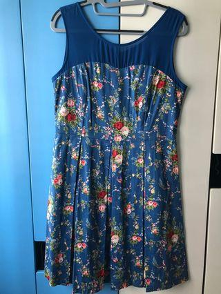{ Decluttering } Preloved Blue Floral Pleated Dress 2