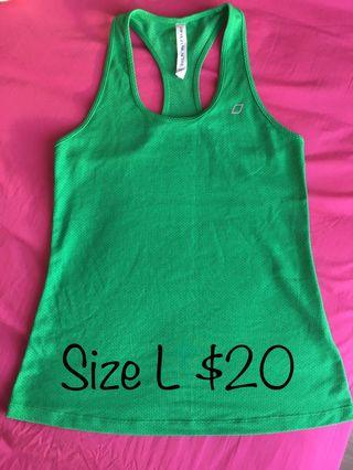 Lorna Jane green gym top size Large