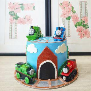 🚚 Thomas and friends customised cake