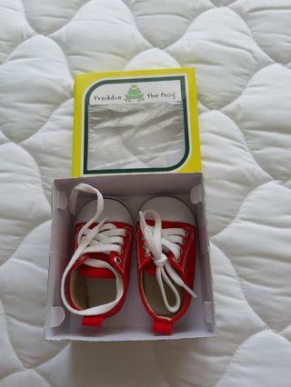 Freddie The Frog Prewalker Shoes