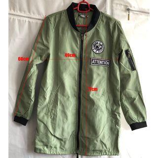 密綠色扇水料風䄛外套(只著過一次)