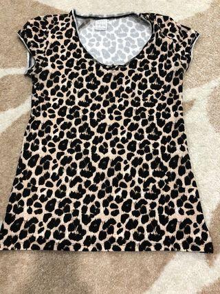 Zara kaos leopard