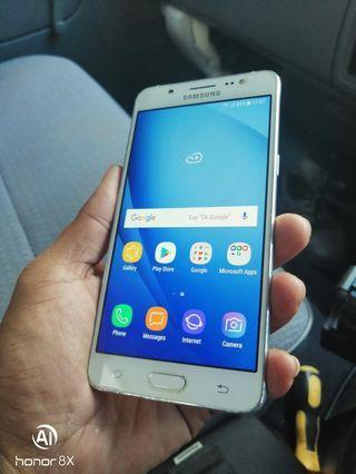 Samsung j5 16gb 2016