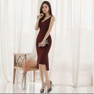 Maroon mermaid midi dress