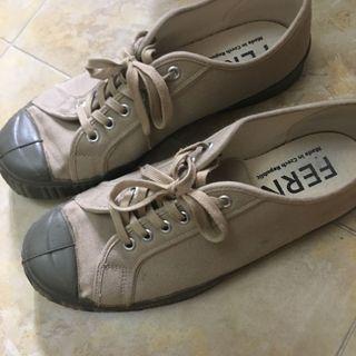 Ferns canvas shoes us9
