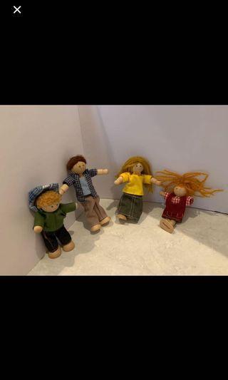 Dollhouse Accessories