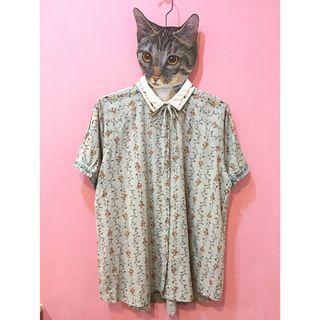 [彩色櫥窗]日系清新碎花綁帶領子刺繡襯衫