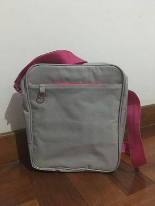 Tas netbook/tablet pink abu