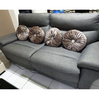 3 - 4 Seater Recliner Sofa in Excellent Condition