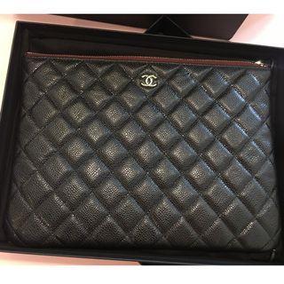 Authentic Chanel O Case Caviar Medium Pouch
