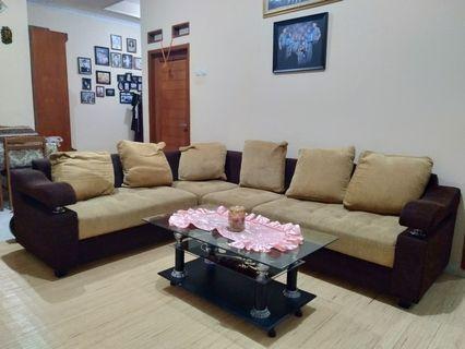 Sofa L + Meja