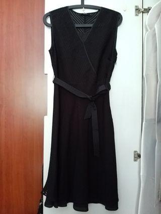 G200 BN Black Dress