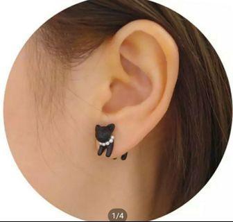 🚚 Cat Shaped earrings