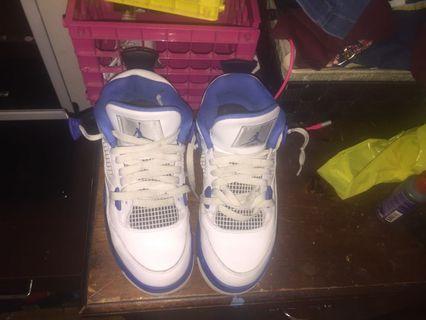 Jordan 4's (white and blue )