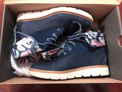 🚚 Authentic Timberland Limited Edition Suede Dark Blue Print Boots