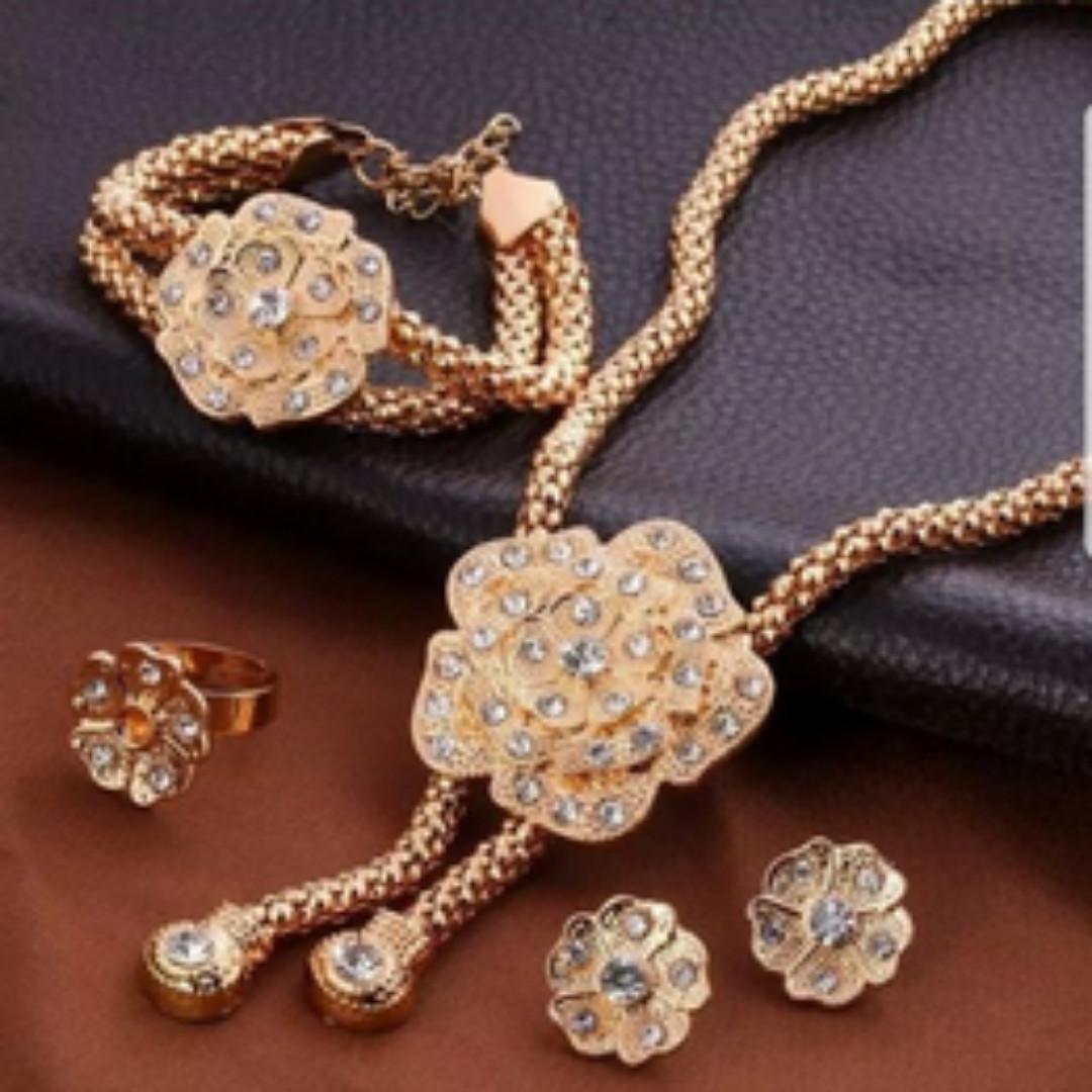 Bn Gold Choker Bracelet Earrings And Ring Jewellery Set For