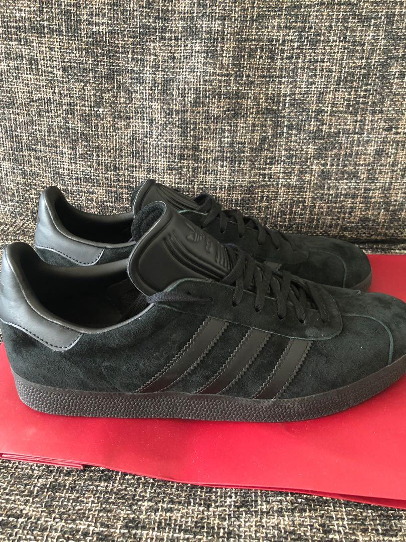 salida para la venta nuevo estilo de vida nueva lanzamiento Brand New Adidas Gazelle All-Black, Men's Fashion, Footwear ...