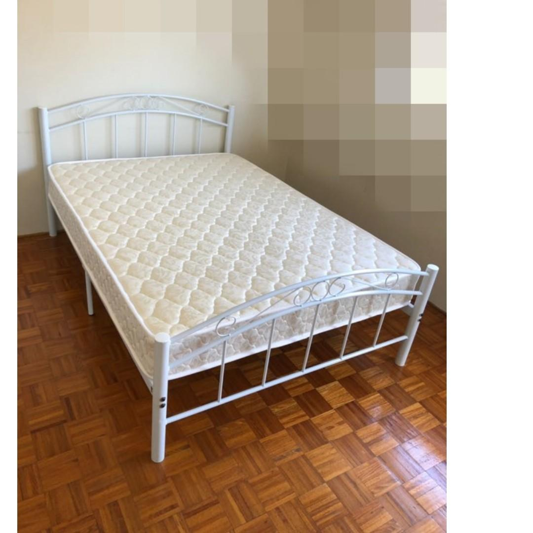 Free Delivery ! 2nd Hand Double Bed Frame with old Mattress from $350