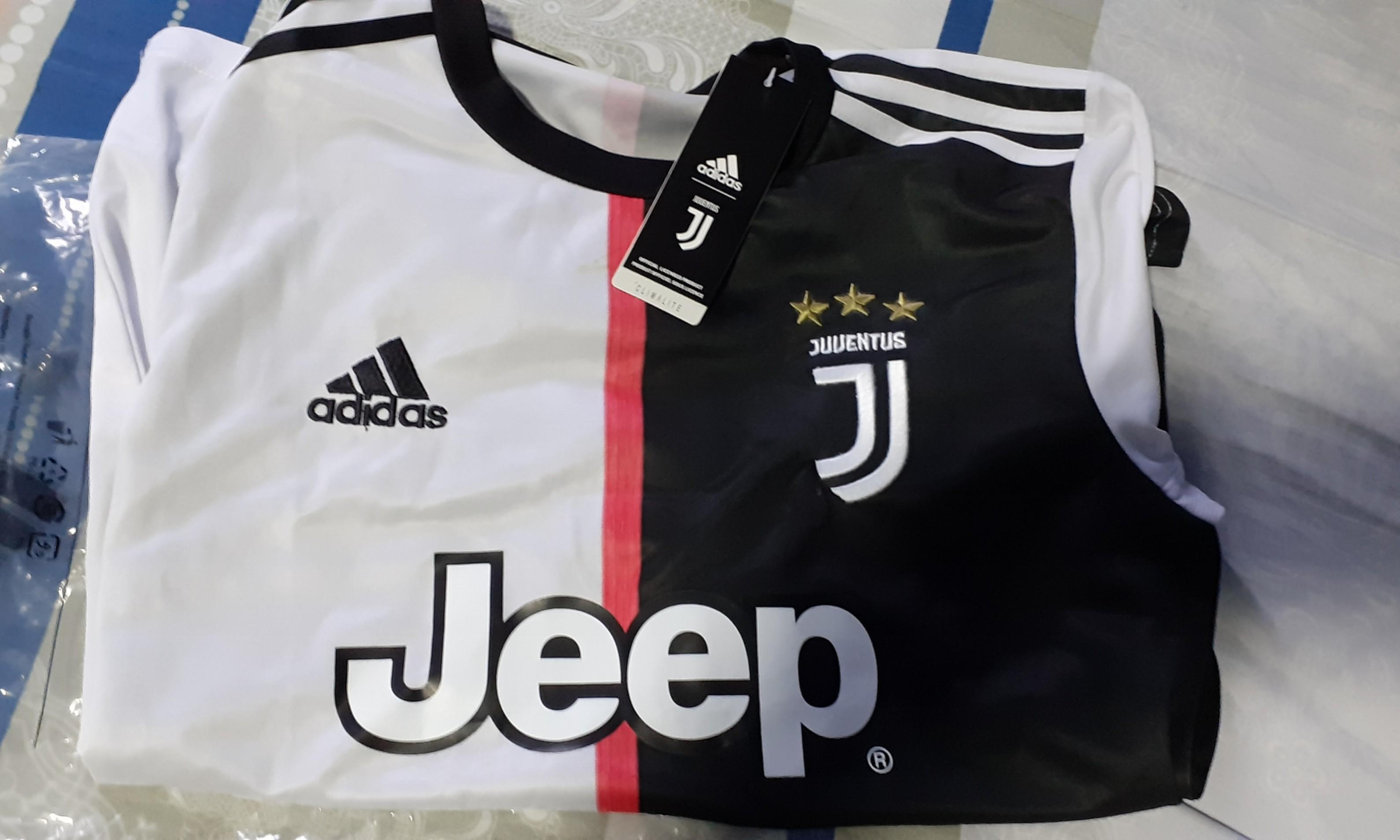 brand new 8a668 eb761 Juventus jersey ronaldo 2019/2020, Sports, Sports Apparel on ...