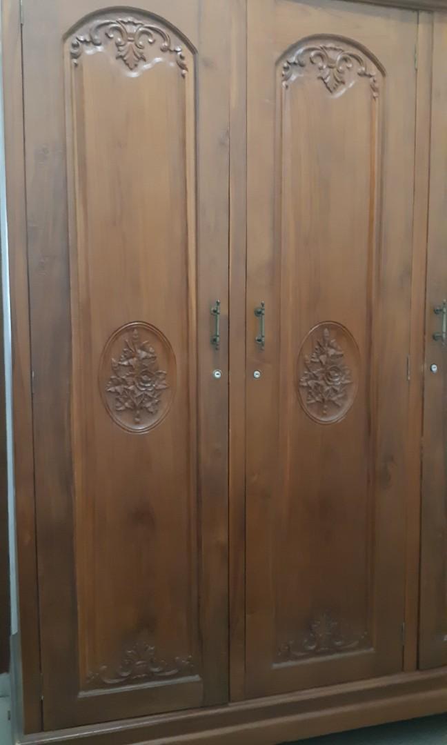 Lemari jati asli 3 pintu
