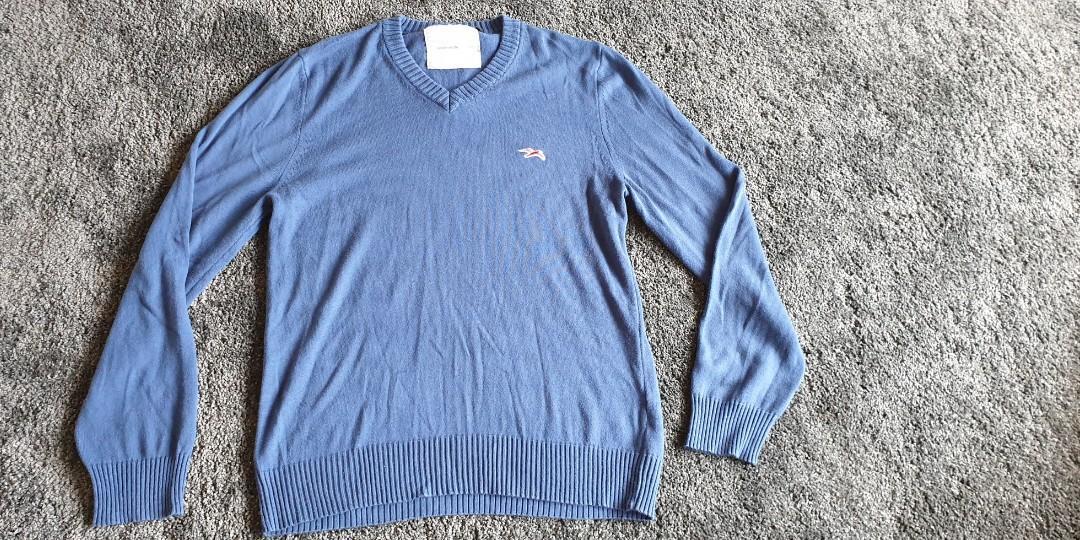 Mens Blue Jumper, Size XL, 50% Cotton & 50% Acrylic.
