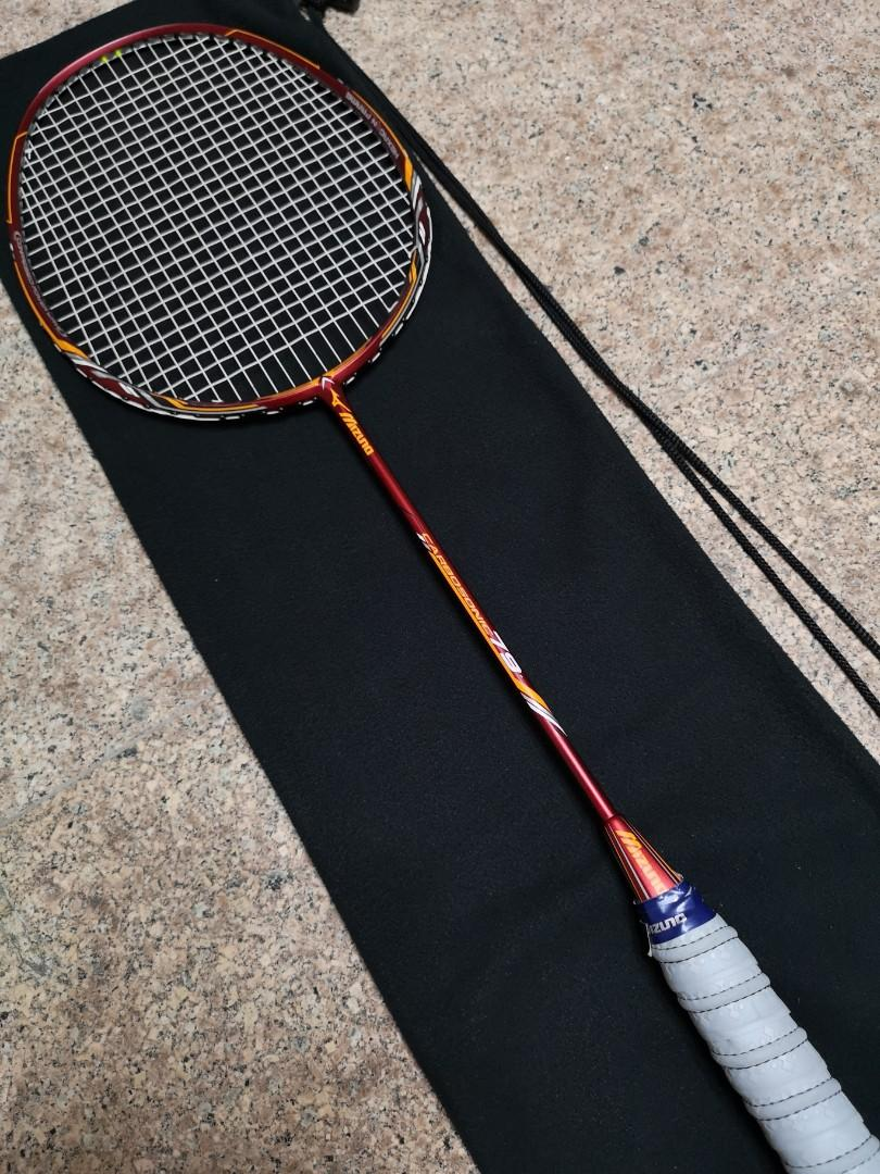 Mizuno Carbosonic 79 Badminton Racket on Carousell