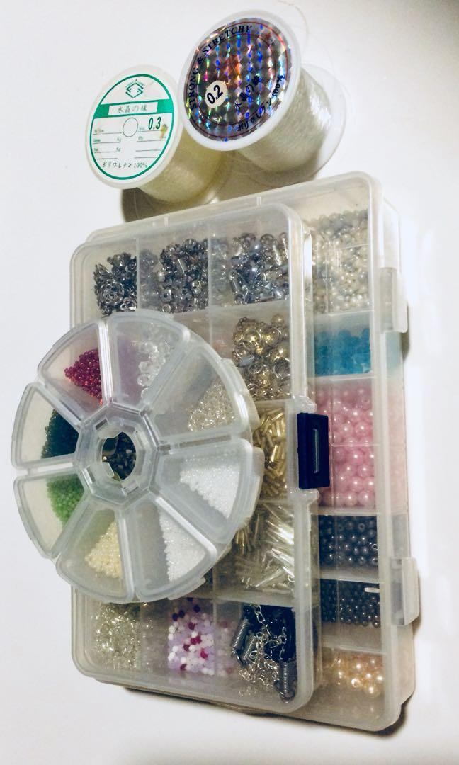 Unused Bundle of jewellery accessories