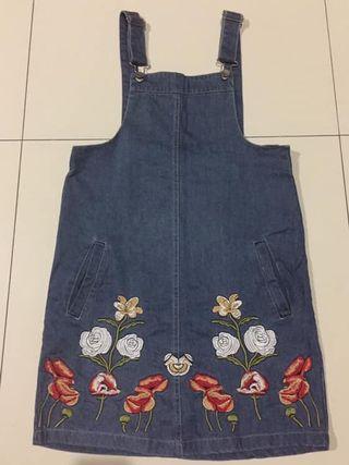 Embroidered dress chochochips zara topshop zalora nyla pomelo