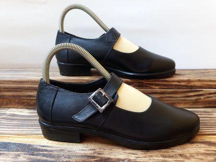 Sepatu kulit murah cw hak 2cm