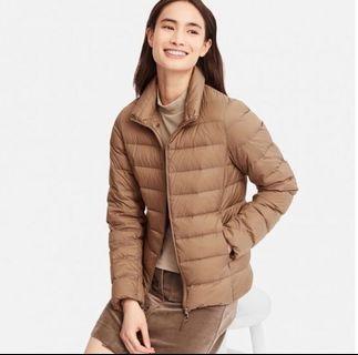 UNIQLO women ultra light jacket size M brown
