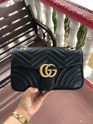 Gucci Marmont (SMALL)authentic