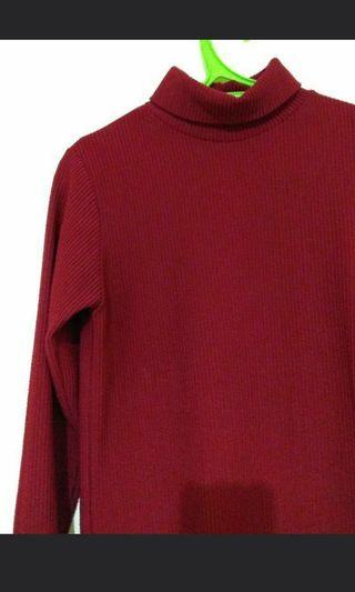 Turtle neck tee red fit to 57kg