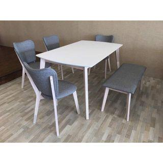 4+1+ bench dining table set (FREE POSTAGE) NO COD