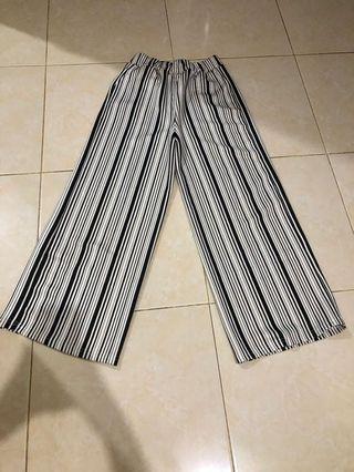 Celana Kulot garis hitam putih