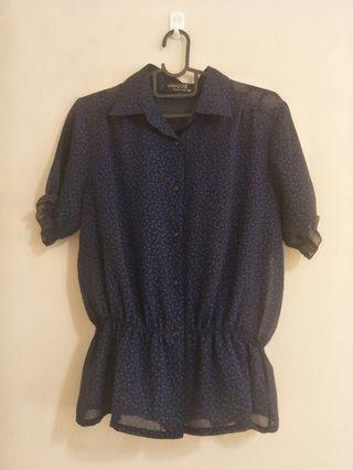 🚚 Sheer navy blue blouse s-m size