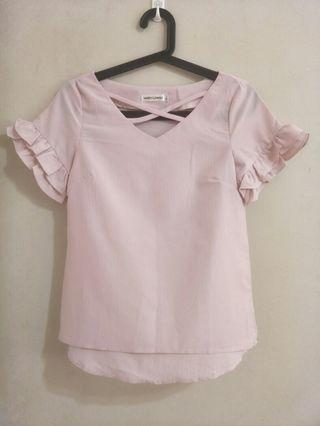 🚚 Pink Blouse s-m size