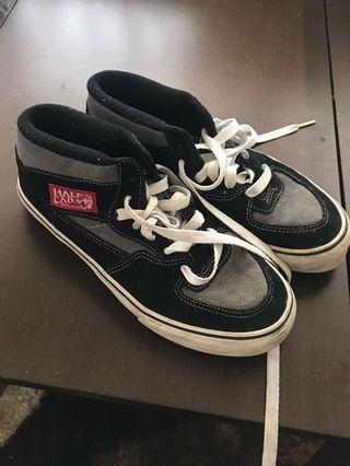 🚚 Vans Shoes
